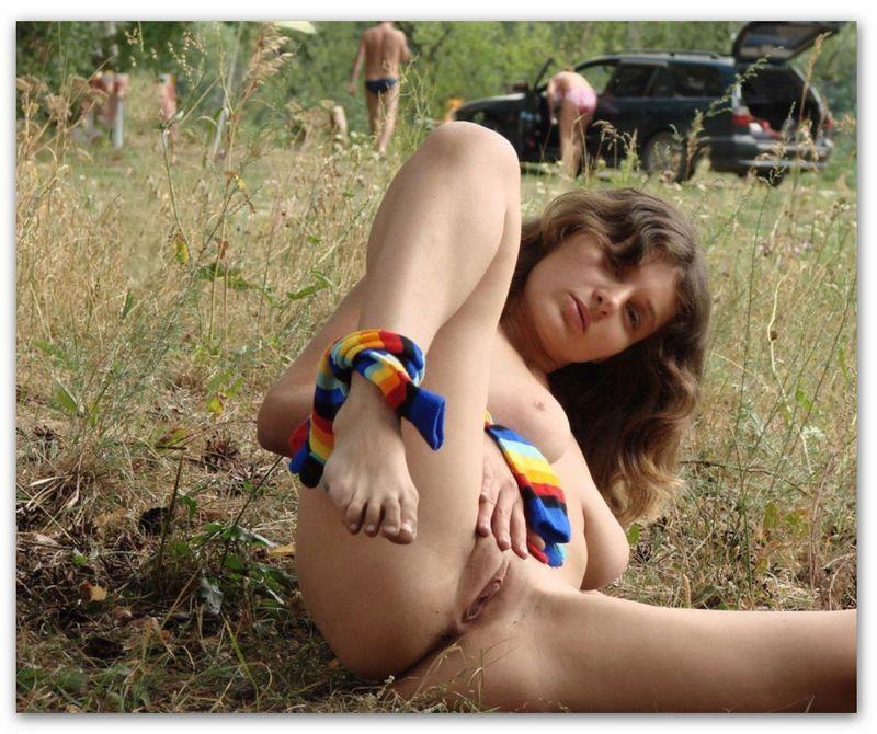 Провинциалка сняла одежду во время пикника