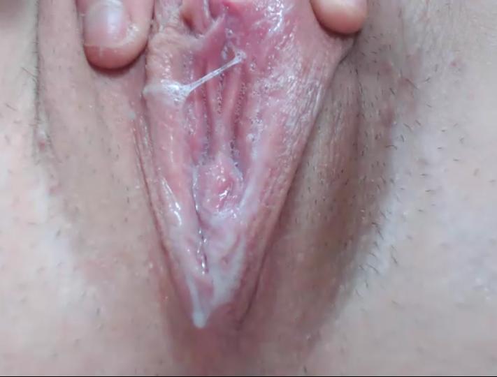 Модели мастурбирующие в вебчатах