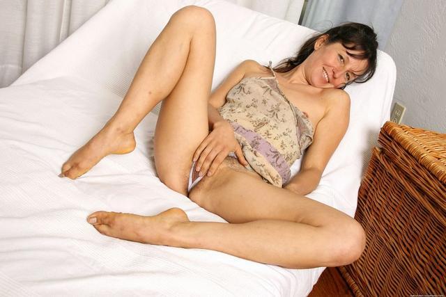Сносшибательные и такие разнообразные сексуальные топ-модели дрочат вагины