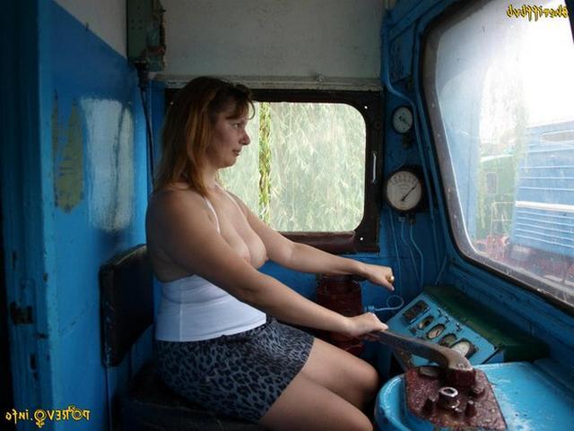 Возбуждающие попутчицы в поездах