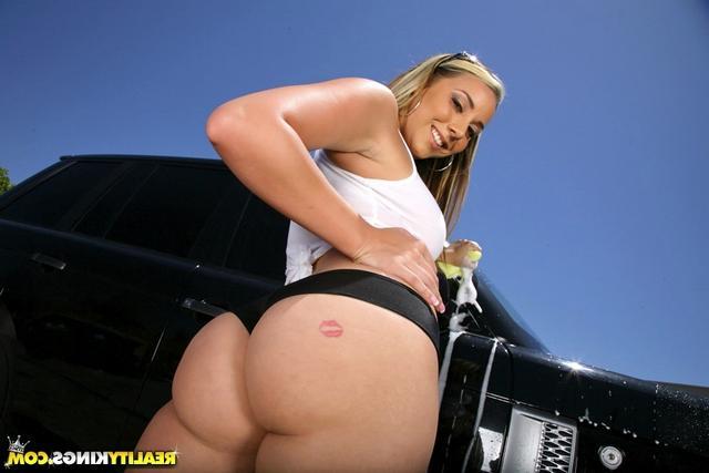 Похотливая автомойщица